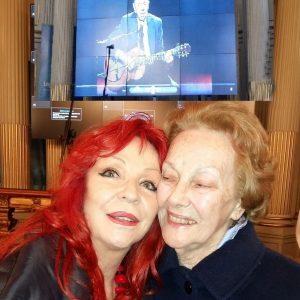 con Marga lANDOVA, viuda de Mario Clavel